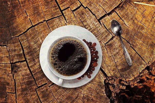 מקנחים בקפה אחרי ארוחה?